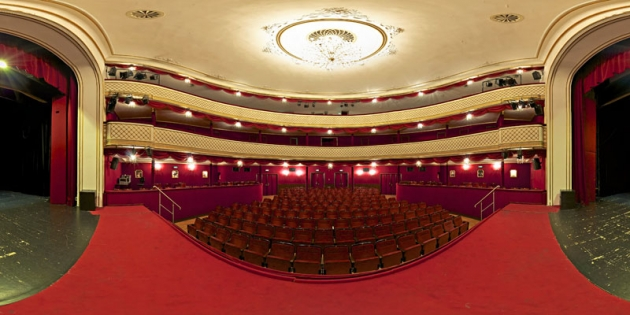 Stadttheater800.jpg